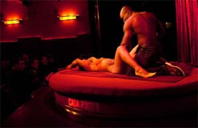 фото порно театр амстердама гаса россо смотреть них нет